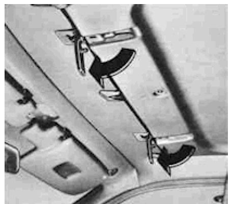 sunroof_front_latches